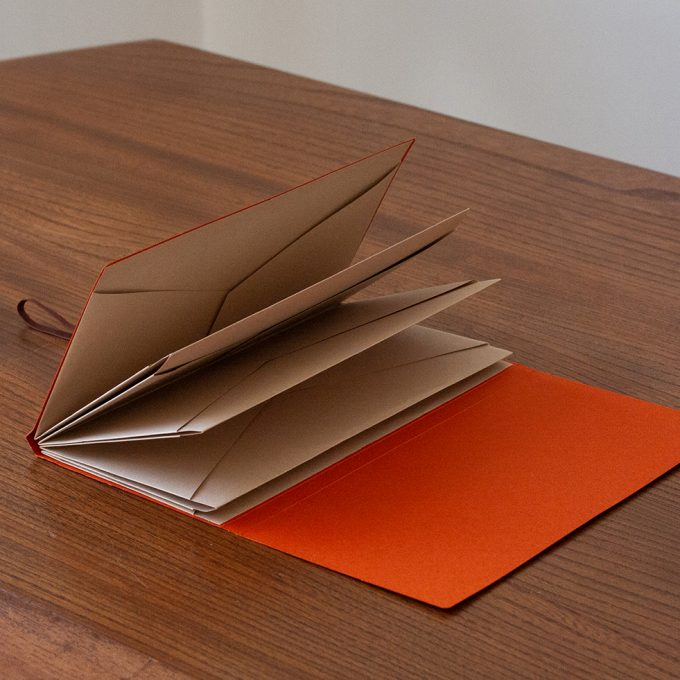 origami-folder-vermilion-orange